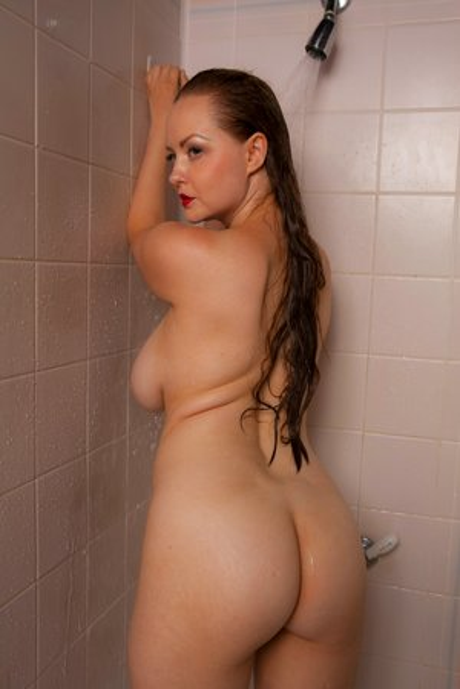 Nice Shower Booty Pics