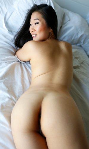 Korean Booty Pics